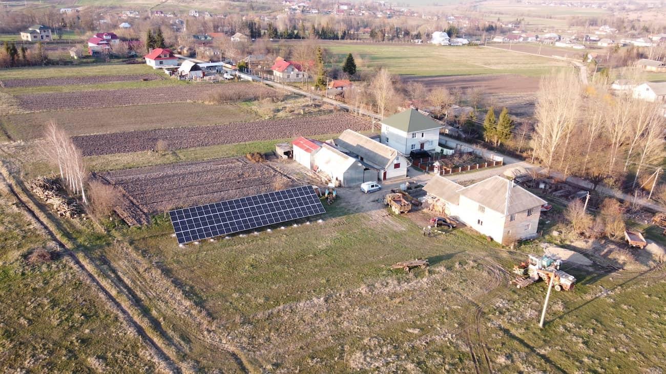 Сонячну електростанцію потужністю 30 кВт встановлено в Дебеславцях