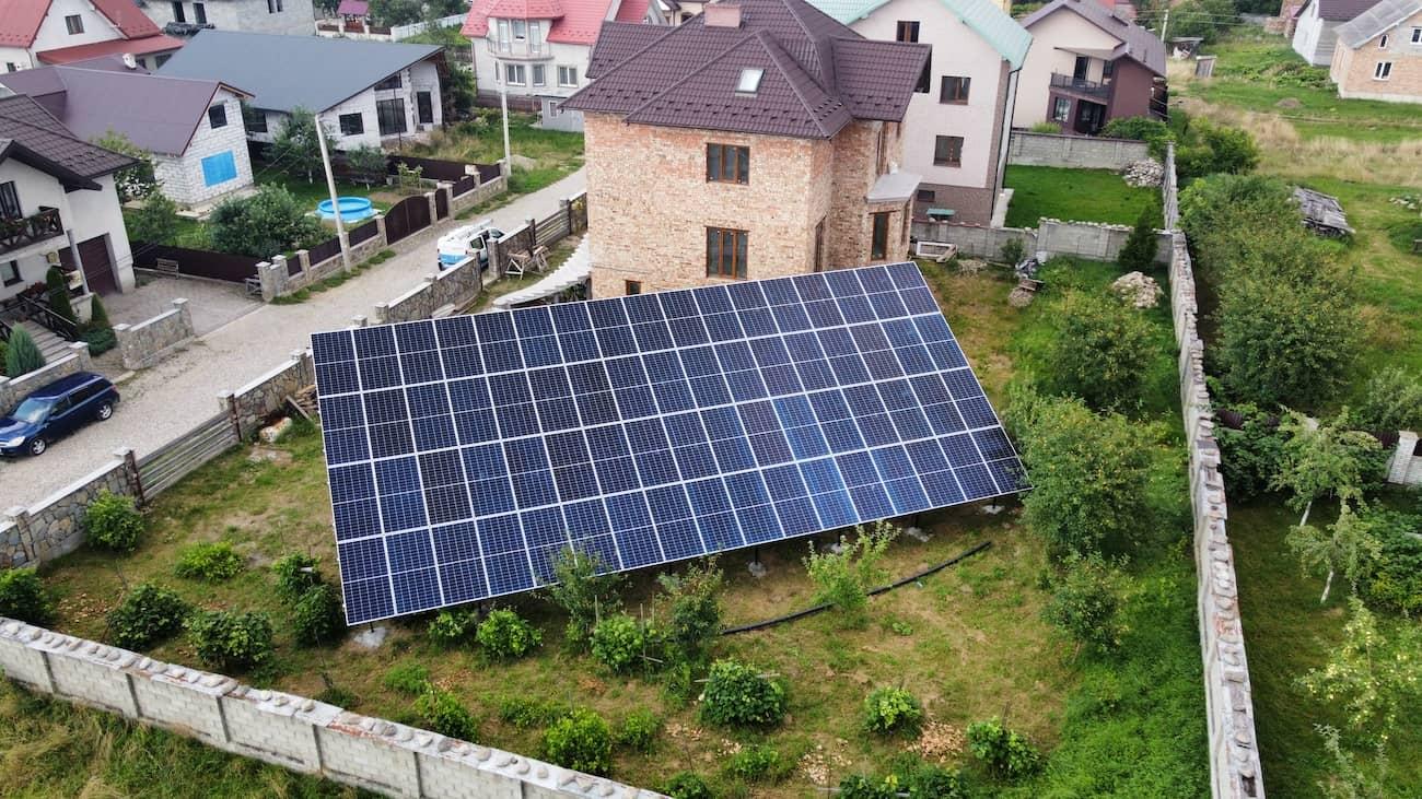 Сонячну станцію для дому потужністю 30 кВт змонтовано в Надвірній